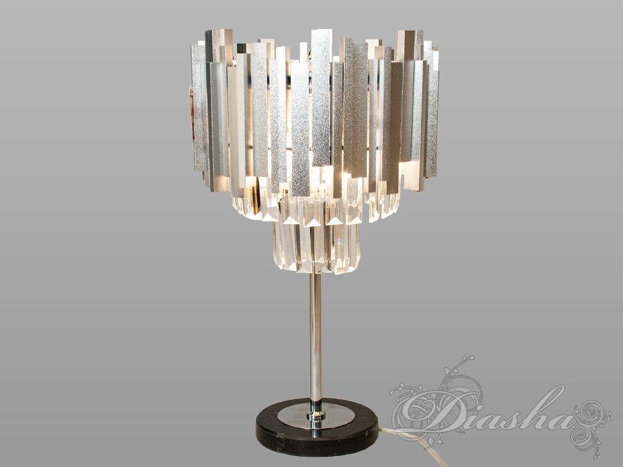 Настольная лампа с хрустальными подвесками. Настольная лампа с хрустальными подвесками Всего за 2030грн.